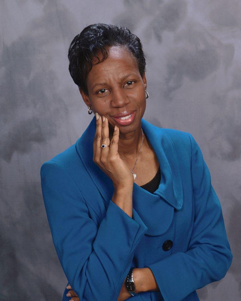Cynthia Gordon-Floyd headshot